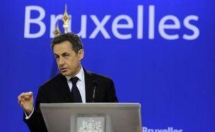 """Le nouvel accord pour renforcer la discipline budgétaire dans la zone euro ne sera adopté que par les 17 membres de la zone euro et des pays volontaires en raison du refus de la Grande-Bretagne qui a posé des """"conditions inacceptables"""", a déclaré vendredi Nicolas Sarkozy."""