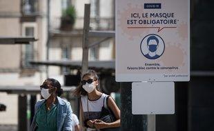 Port du masque dans le centre-ville de Nantes
