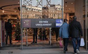 Les commerçants souhaitent pouvoir ouvrir leurs portes sans passer par les procédures administratives.