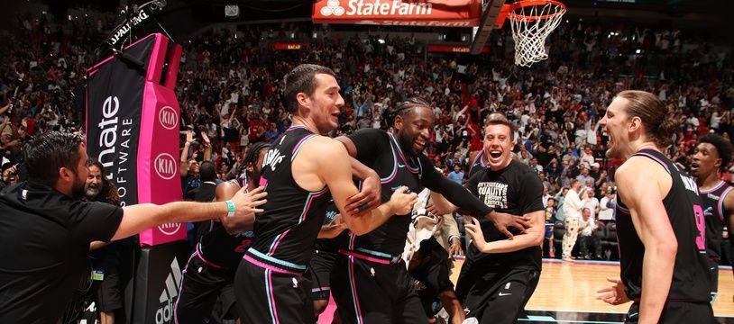 Folie furieuse à Miami après le shoot incroyable de Wade
