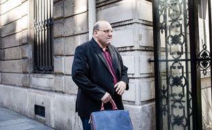 Julien Dray arrive au siège du PS rue de Solférino le 20 juin 2017.