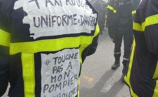 Les pompiers sont venus à Paris pour exprimer leur colère.
