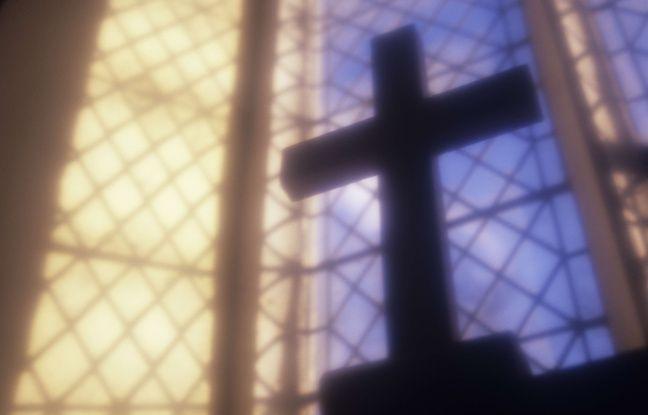 Vandalisme dans des églises: Edouard Philippe condamne, Laurent Wauquiez parle de «christianophobie»