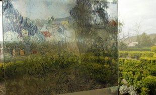 Reproduction d'un tableau de Vincent Van Gogh dans les jardins d'Auvers-sur-Oise.
