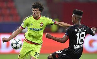 Roman Eremenko lors d'un match contre le Bayer Leverkusen le 14 septembre 2016.