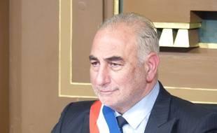 Georges Képénékian a été élu ce 17 juillet 2017 maire de Lyon. Il succède à Gérard Collomb, nommé ministre de l'intérieur par Emmanuel Macron.