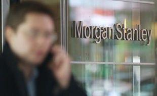 Les principaux dirigeants de Morgan Stanley devraient voir leurs primes baisser nettement en 2012 comparé à 2011 d'après les documents enregistrés par la banque d'affaire américaine jeudi en vue de l'assemblée générale des actionnaires.