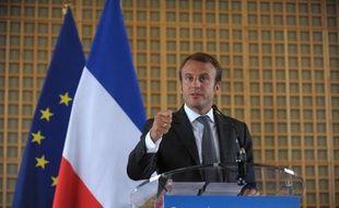 Emmanuel Macron lors de la passation de pouvoirs le 27 août 2014 à Bercy