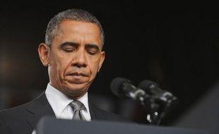 Le président des Etats-Unis Barack Obama est attendu dimanche à Aurora au Colorado (ouest) pour rencontrer les familles des victimes de la fusillade meurtrière de vendredi, tandis que l'appartement du tueur présumé a été entièrement déminé, ont annoncé samedi les autorités.