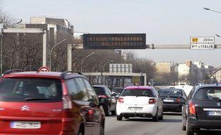 Seules les voitures disposant d'une vignette 0, 1 et 2 sont autorisées à circuler.