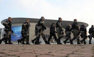 La police serbe a mis en place des mesures de sécurité draconiennes pour encadrer le match des demi-finales de l'Euro de handball qui oppose vendredi la Serbie à la Croatie, à Belgrade, ont rapporté les médias locaux, citant des sources policières.