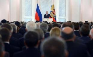 """Le président Vladimir Poutine a exigé mercredi que les contrats conclus par les grandes entreprises russes soient régis par les lois du pays, afin de mettre fin à ce qu'il a appelé """"l'offshorisation"""" de l'économie."""