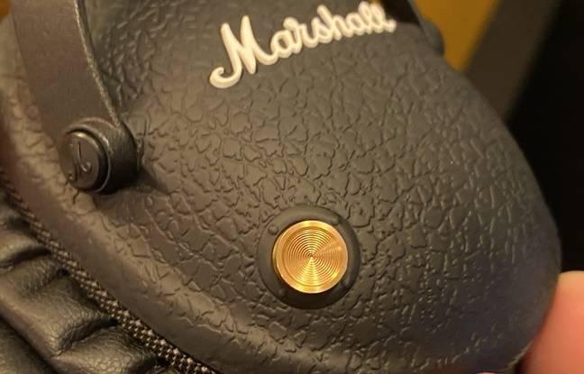 Le boutons multidirectionnel du Marshall Monitor II ANC permet de contrôler sa musique, prendre des appels...