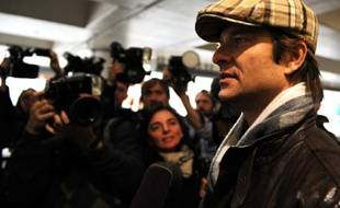 David Hallyday est arrivé à Los Angeles, vendredi 11 décembre, pour se rendre au chevet de son père.