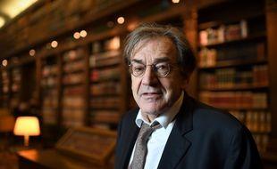 Alain Finkielkraut, à l'Académie française, en 2016.