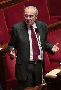 Bernard Debré.