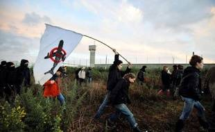 Les avocats des principales associations d'opposants à l'aéroport de Notre-Dame-des-Landes, près de Nantes, ont déposé lundi au tribunal administratif de nouveaux recours contre les arrêtés préfectoraux du 20 décembre autorisant le début des travaux, a constaté l'AFP.