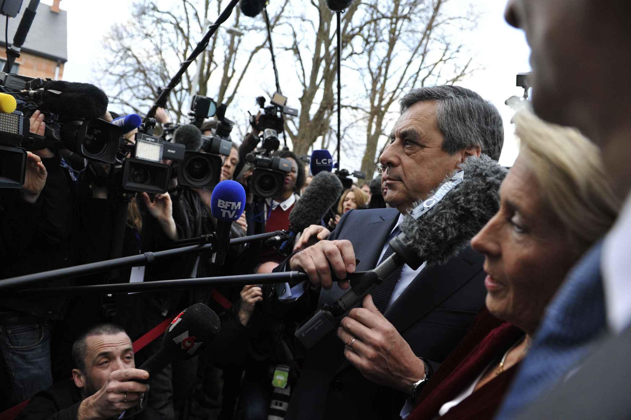A Tourcoing, François Fillon n'a pas échappé aux casseroles