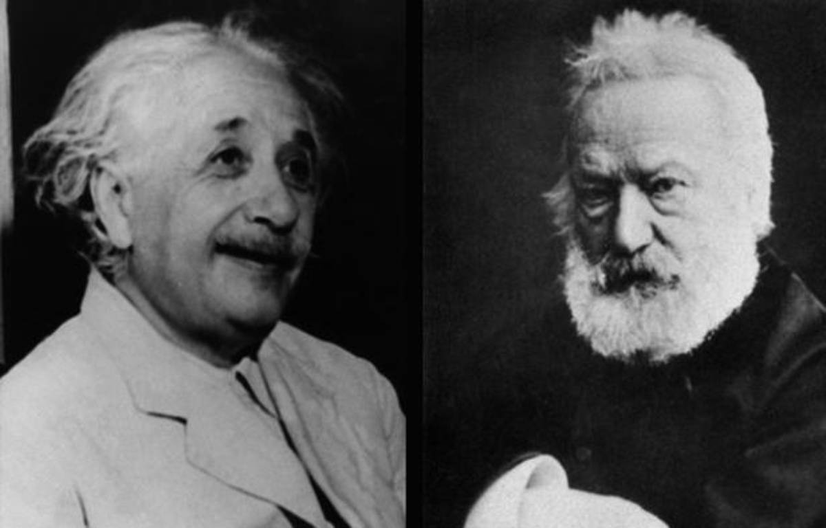 Albert Einstein montre son profil droit, Victor Hugo son profil gauche. – UNIVERSAL PHOTO/SIPA - SIPA ICONO