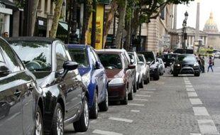 Plus de 200 places de stationnement sont désormais réservées aux voitures en auto-partage dans les 20 arrondissements de Paris