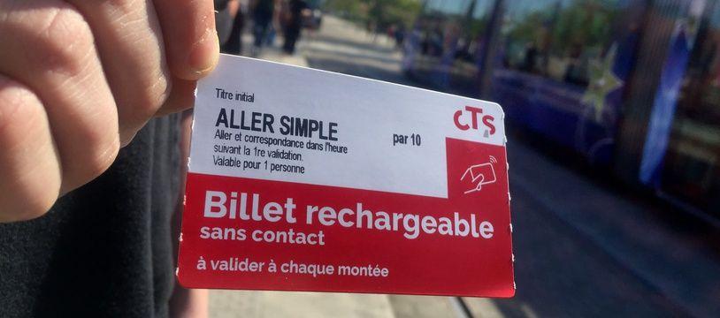 Le nouveau billet de la CTS rechargeable et sans contact. Strasbourg le 18 avril 2018.