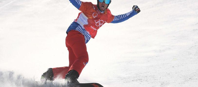 Pierre Vaultier a conservé jeudi 15 février son titre olympique en snowboardcross pour apporter à la France sa sixième médaille des Jeux de Pyeongchang.