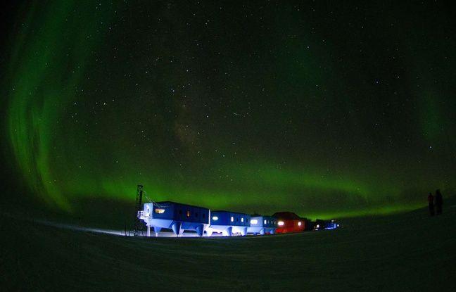 En janvier 2017, il y avait 88 personnes à bord de la station Halley VI dans l'Antarctique, affectées pour la plupart uniquement pour l'été. Elles sont sur le point de partir.