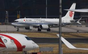 Un 737 MAX d'Air China bloqué au sol à Pékin.