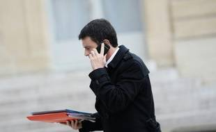 Le Premier ministre français Manuel Valls à Paris le 14 novembre 2015