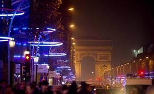 """L'actrice allemande Diane Kruger déclenchera le 21 novembre les illuminations de fin d'année sur les Champs-Elysées, à nouveau modifiées """"pour renforcer l'ambiance de Noël"""" après de nombreuses critiques, a annoncé le Comité des commerçants de la plus belle avenue du monde."""