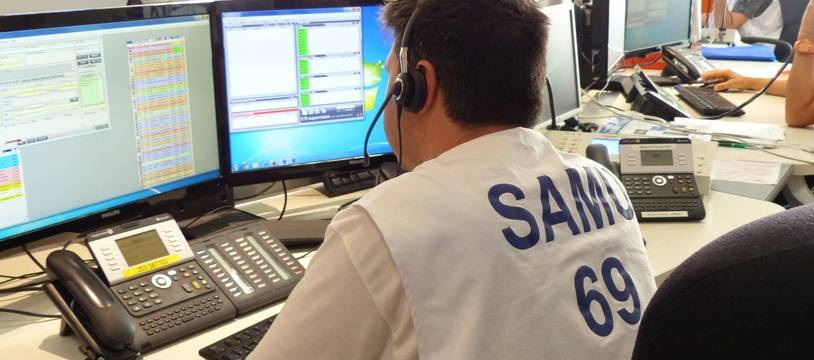 Au Samu de Lyon, les personnels sont formés à pratiquer l'hypnose, lors de la prise en charge des patients, dès l'appel au 15 et sur le terrain. Illustration.