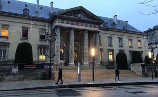 01 Février 2021 : La cour d'assises de Reims accueille le procès de Loic Vantal et Caroline Létoile, jugés pour la mort du petit Tony, en 2016.