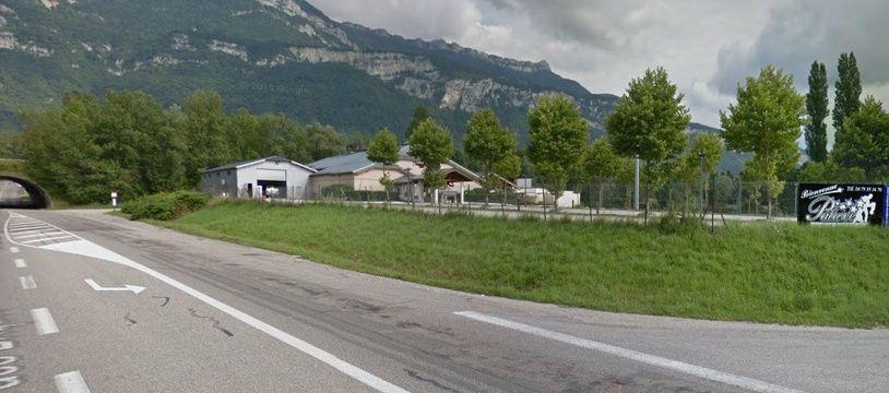 La Palace à Mery (Savoie). Capture d'écran Google street view.