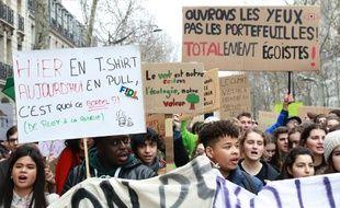 Des participants à la Marche du climat le 8 décembre dernier à Paris.