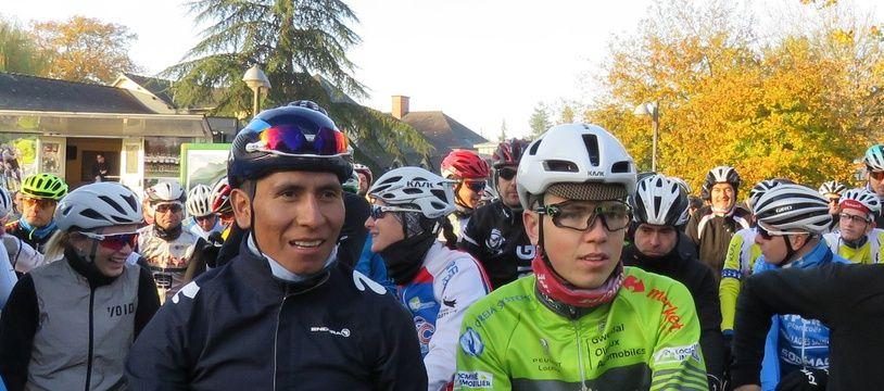 Le coureur cycliste colombien Nairo Quintana, ici à Bruz, lors de la balade en public avec sa nouvelle équipe Arkéa-Samsic, le 24 novembre 2019.
