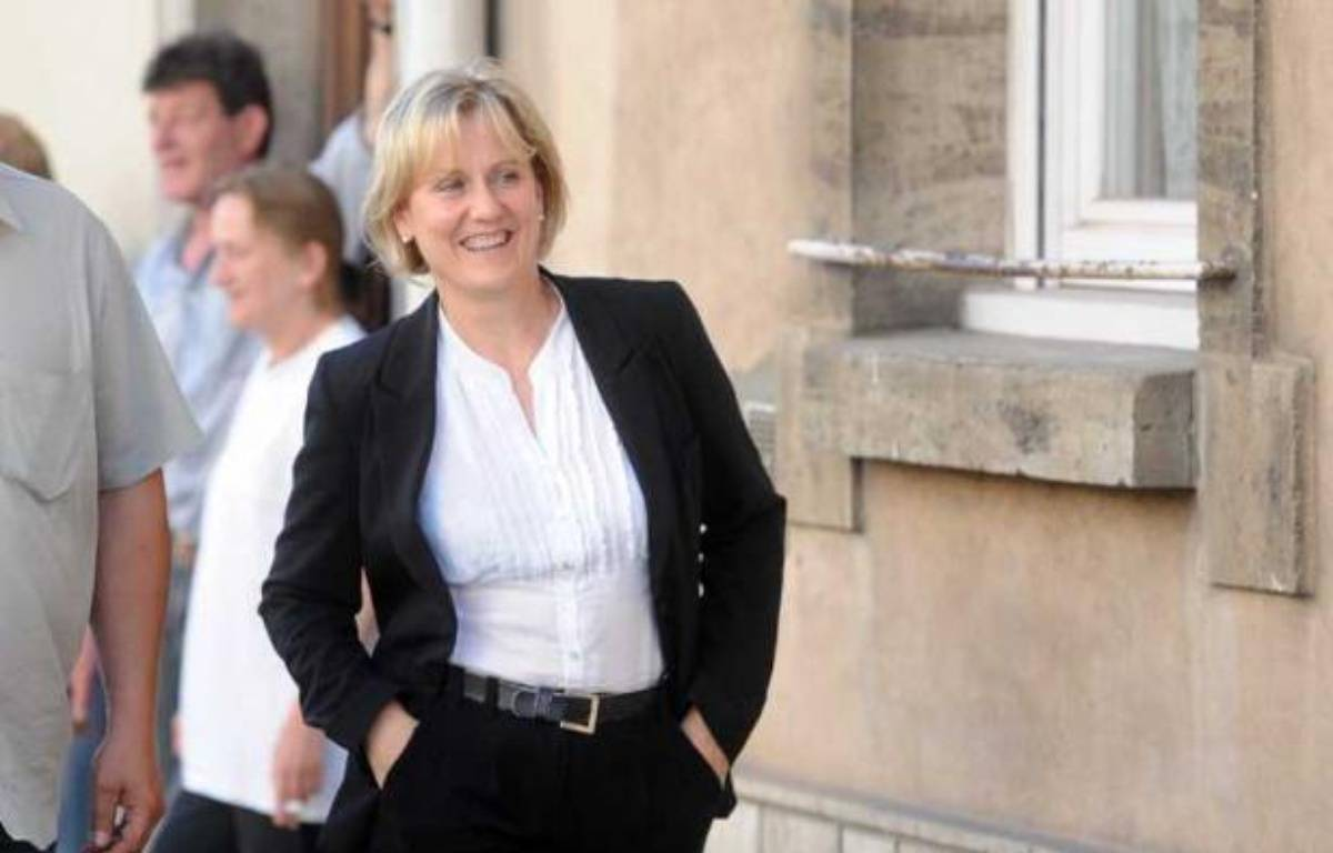 Nadine Morano arrive à son local de campagne de Neuves-Maison, en Meurthe-et-Moselle, le 17 juin 2012, jour du second tour des élections législatives. – POL EMILE/SIPA
