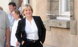 Nadine Morano arrive à son local de campagne de Neuves-Maison, en Meurthe-et-Moselle, le 17 juin 2012, jour du second tour des élections législatives.