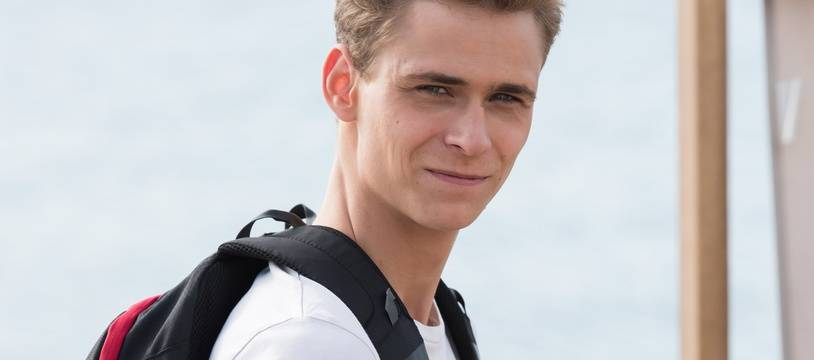 Dans «Demain nous appartient» sur TF1, Bart (Hector Langevin) tombe amoureux d'un garçon, le surfeur Hugo