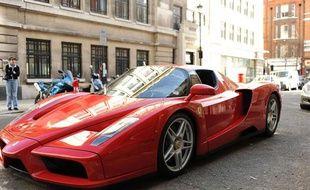 Une Ferrari Enzo.