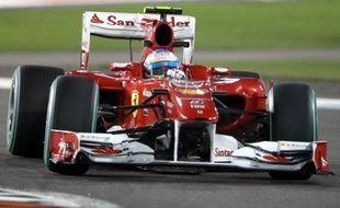 """Alonso, lui, a indiqué """"ne pas vouloir passer la moindre seconde à penser"""" aux choix tactiques de Red Bull."""
