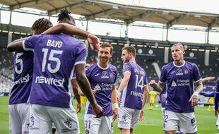 Le TFC va disputer un barrage aller-retour pour tenter de remonter en Ligue 1, un an après sa relégation.