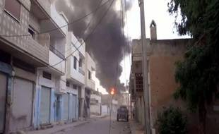 Dix-huit personnes ont péri dans la nuit de vendredi à samedi, dont douze civils dans la province de Damas, pilonnée par les troupes du régime en Syrie, rapporte l'Observatoire syrien des droits de l'Homme (OSDH).