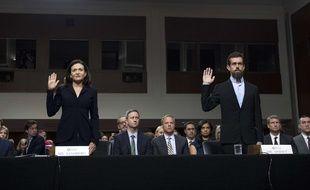 Le patron de Twitter, Jack Dorsey, et la numéro deux de Facebook, Sheryl Sandberg, devant le Congrès américain, le 5 septembre 2018.