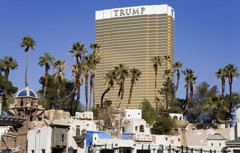 Non, Greenpeace n'a pas déployé une banderole sur un hôtel de Donald Trump
