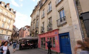 La place Sainte-Anne à Rennes, illustration.