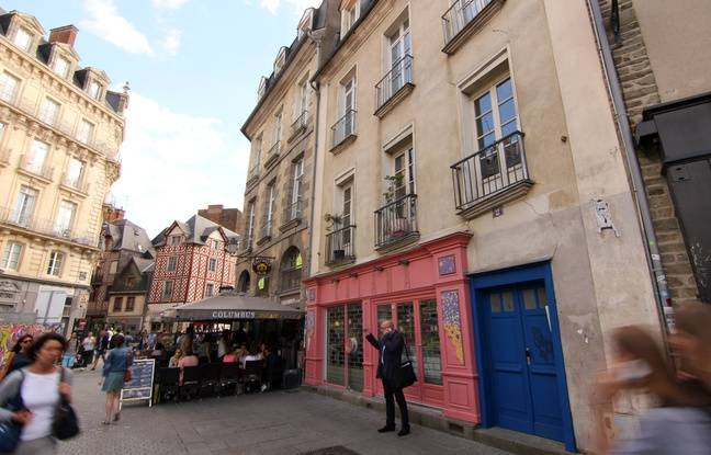 Les commerces de la place Sainte-Anne, à Rennes, vont devoir être évacués pour laisser passer le tunnelier.