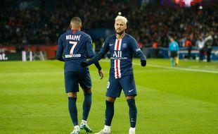 Mbappé et Neymar sont les deux joueurs les mieux payés de Ligue 1.