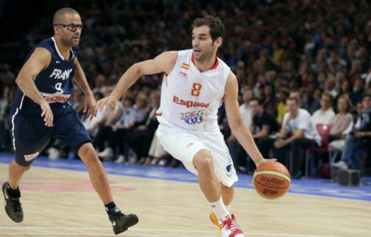 Les basketteurs français se sont inclinés avec les honneurs face à l'Espagne 75 à 70 en match amical dimanche à Paris-Bercy à douze jours du début des jeux Olympiques de Londres (27 juillet - 12 août). – Kenzo Tribouillard afp.com
