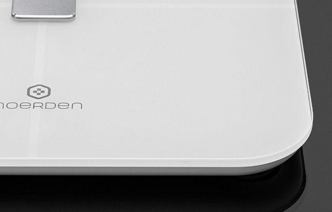 Le choix d'un plateau de couleur blanche permet d'éviter l'accumulation de poussières.