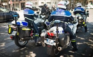 Des policiers  à moto, à Paris, le 9 juillet 2019 (illustration).